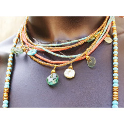Collier afghani double